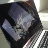 Apple запускает программу для пятнистых дисплеев MacBook