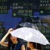 Азиатские рынки акций обвалились доминимумов 2011 года