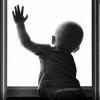 Двухлетний ребенок вЧелябинске две недели сидел дома один ибез еды