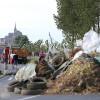 Фермеры Франции осадили крепость изаблокировали дороги
