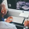 Минтруд рассмотрит предложение озапрете пользования соцсетями врабочее время