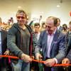 Наоткрытии нового кинотеатра вНовосибирске Иван Охлобыстин снял носки