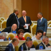 Народные избранники поддержали Милонова вначинании запретить коллекторов