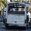 Автобус охраны президента Туниса подорвал террорист-смертник