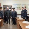 Собянин наградил 2-х мужчин, спасших женщину вметро