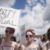 Вканадском городе Ватерлоо прошел топлес-протест