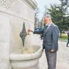 Стамбульский охотник за фонтанами