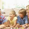 Чем заняться в выходные? Игры для всей семьи