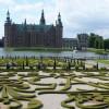 Великолепный замок Фредериксборг в Дании