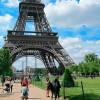 В Париже наблюдается рост туризма, но он опасается террористических атак после недавних нападений в Барселоне