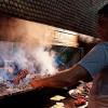 На юго-востоке Анталии туристов балуют кебабом из печени, который бьет все рекорды