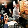 Немецкий футболист Лукас Подольски открыл ресторан кебаба «Mangal Doener» в Кельне, Германия