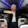 Австралийские туристы мечтают оказаться в самолёте рядом с Ричардом Брэнсоном