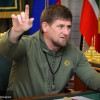 Кадыров во«ВКонтакте» поздравил чеченцев сДнем республики