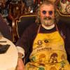 Умер известный российский поклонник Битлз Коля Васин