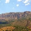 На гору Гелинджик активно едут туристы для фотографии осенней природы Турции