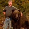 На Камчатке медведь атаковал группу туристов, один человек ранен