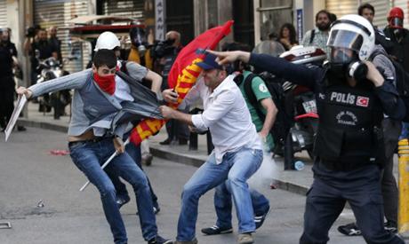 беспорядки в Стамбуле
