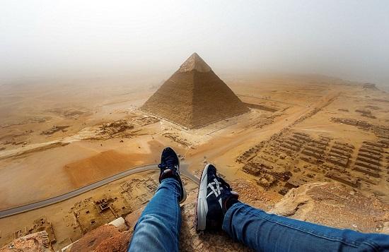 Покорение пирамиды Хеопса обошлось туристу в пожизненный запрет на въезд в Египет