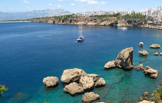 Какая погода на майские праздники в Турции?