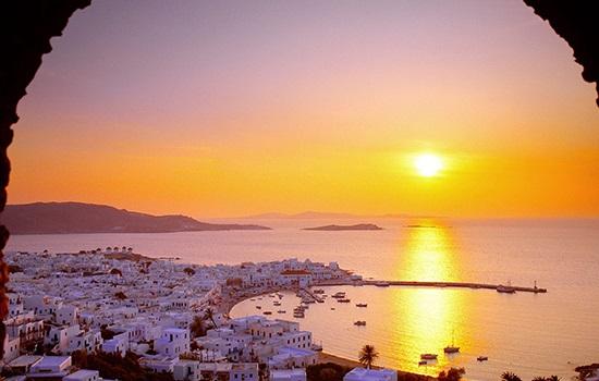Почему Греция?