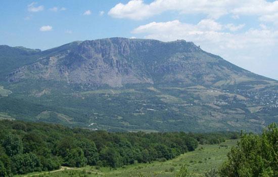 Восхождение на Демерджи ― знаменитую гору в Крыму