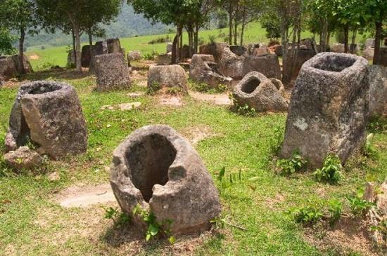 Таинственная Долина Кувшинов в Лаосе