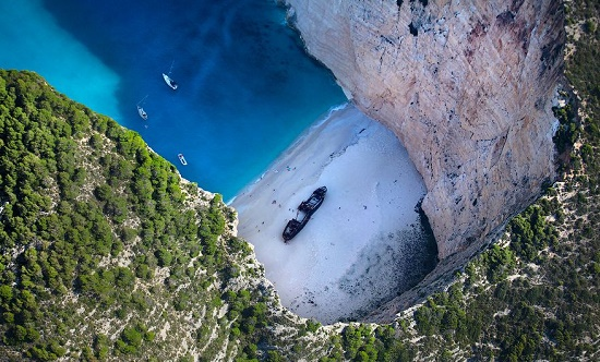 Невероятная Бухта Навайо - самое потрясающее место в Греции