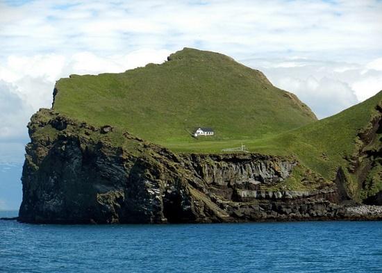 Необычный Остров одиночества - Эллидаэй