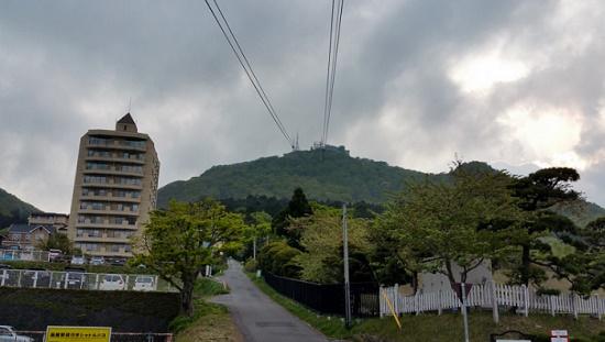 Япония: на вершине горы Хакодате в ловушке более 300 туристов