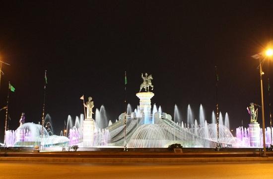 Фонтанный комплекс «Огузхан и сыновья», Ашхабад, Туркменистан