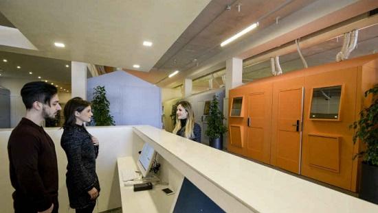 Италия: в Аэропорту Неаполя открылся удивительный капсульный отель