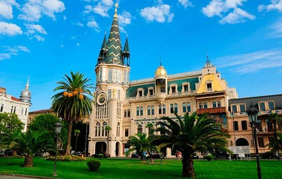 Тбилиси или Батуми – что выбрать для отдыха?