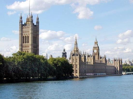 Город королевы, Средневековья, пабов и превосходных парков