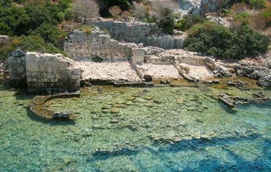 Затонувшие руины Кекова