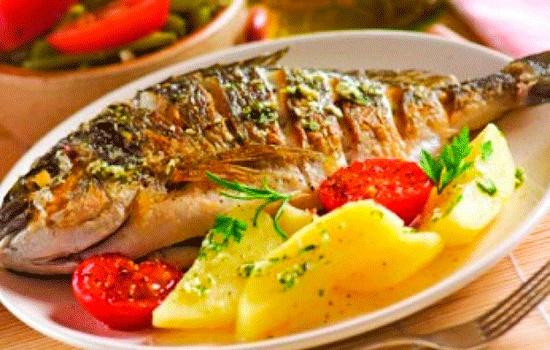 Анталия привлекает туристов рыбной кухней, которой насчитывается 5000 лет
