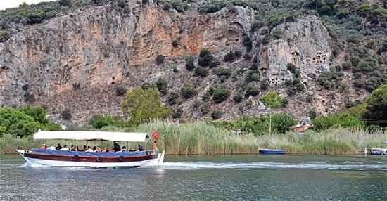 Стало известно, чем больше всего любят заниматься туристы в юго-восточной Турции