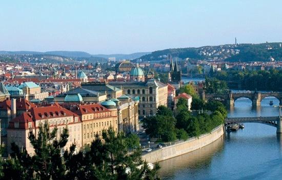 Прага: город, где прошлое смешивается с настоящим