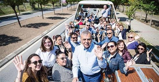 """Популярное турецкое издание организовало тур """"Узнай Измир"""""""