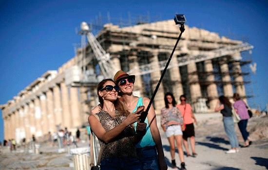 Греческий туризм растет по прибытии турецких туристов