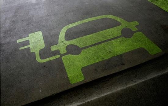 Электрические автомобили и возобновляемые источники энергии недостаточны, чтобы улучшить климат в Париже