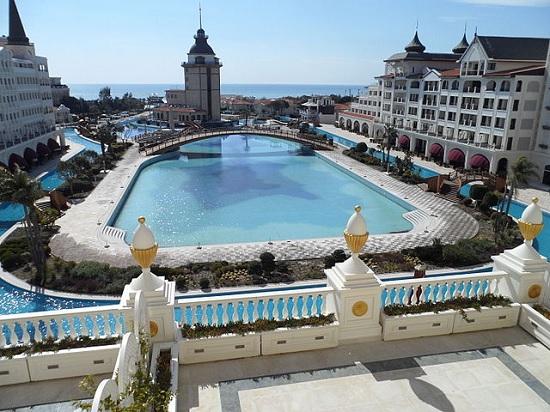 Mardan Palace уже продают по частям