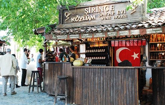 Почему каждый должен посетить деревню Шириндже в Турции?