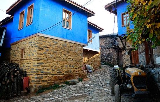 Всемирное наследие - деревня Джумалыкызык привлекает 50 000 туристов на северо-западе Турции