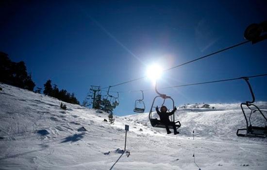 Популярные горнолыжные курорты Турции привлекают тысячи местных и иностранных туристов