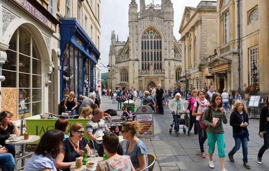 Исторический город Бат может оказаться первым в Англии, где будет введен туристический налог