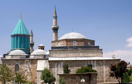 Музей Мевлана в Конье сегодня популярнее, чем Топкапы и Святая София в Стамбуле