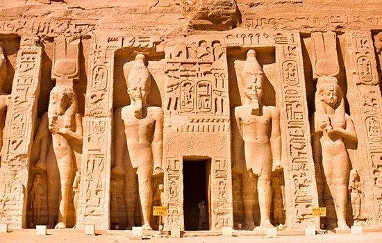 visit egypt The land of the ancient egyptians needs little introduction here's why you should choose egypt as your next holiday destination.