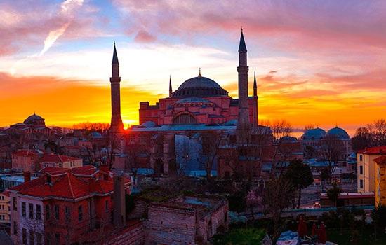 Россия удивила Стамбул: бронирование увеличилось на 102 процента