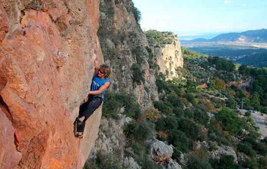 Анталия — новый курорт для спортивных скалолазов